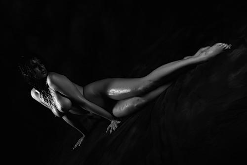 Голые девушки черно белое фото